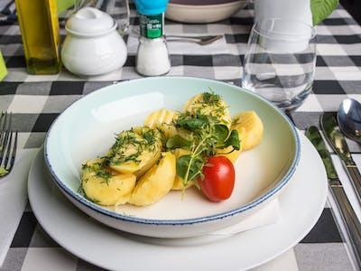 Ziemniaki gotowane z masłem 150g