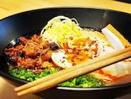 Spicy Aki Ramen / surowy makaron