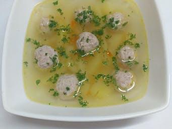 Zupa z klopsikiem