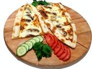 Kaşarlı mantarlı pide / Pide z żółtym serem i pieczarkami
