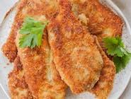 Panierowana pierś z kurczaka, frytki, surówka