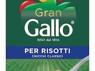 RYŻ DO RISOTTO 500g. - Gran Gallo to biały ryż o dużym ziarnie, który dzięki dużej zawartości skrobi bardzo absorbuje smaki. Nada risotto miękkości i kremowości.  Czas gotowania 15-17 minut.
