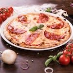 Pizza Quattro Formaggi cu salam picant