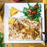 2. Krewetki, rukola, papryka, świeży czosnek, mozzarella, sos