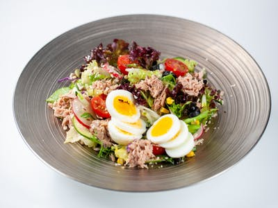 Salată Nicoise cu ton