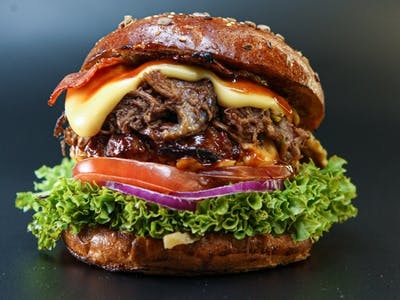 Smoked Pulled Beef Burger