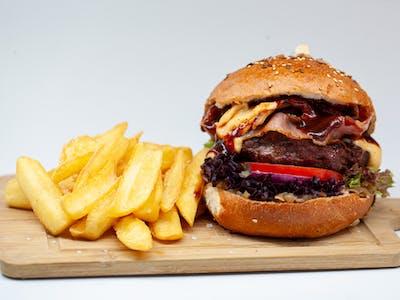 Classic Black Angus Beef Burger