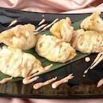 Pierożki Gyoza z kurczakiem (w tempurze)