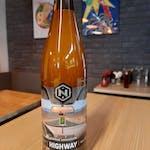 Piwa HIGHWAY z browaru Nepomucen. 5,9%, 500ml. Jest soczyście, gładko, kremowo i mętnie. W smaku i aromacie bogactwo nut białych owoców, cytrusów, owoców tropikalnych oraz złożonych akcentów żywicznych.
