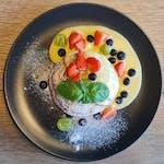 Lievance s ovocím a vanilkovým krémom