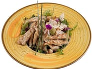 Salată Caesar cu piept de pui