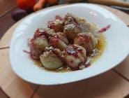 Ovocné knedlíčky s maslom a posýpkou