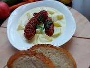 Zemiakový prívarok so špekáčkou, chlieb