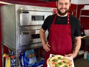 Paweł i pizza Mimosa