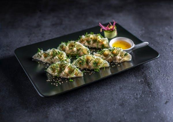 Sake Gyoza