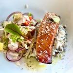 Filetto di salmone con salsa di soya