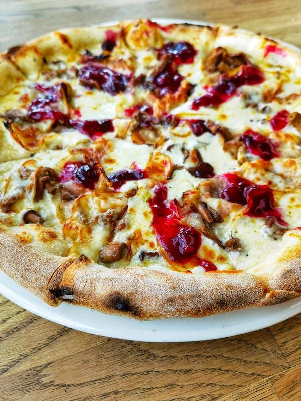 Pizza Bianco Highlander