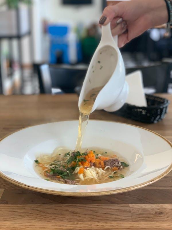 Zupa di Noodle al Pollo