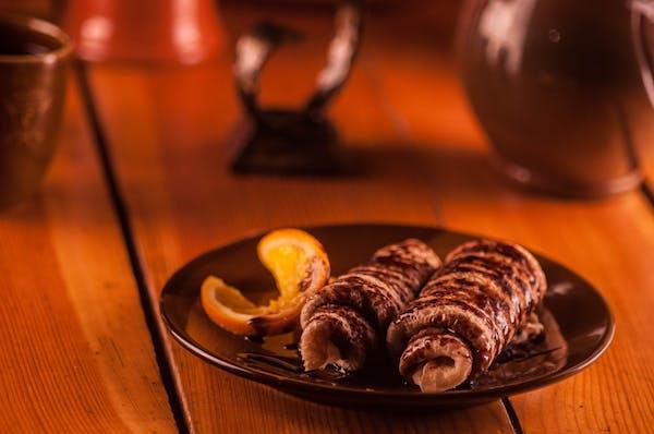 Clătite umplute cu cremă de ciocolată