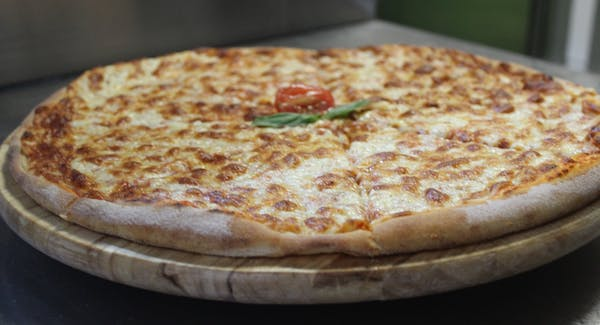 2. Pizza Margherita