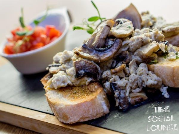 Omletă cu ciuperci
