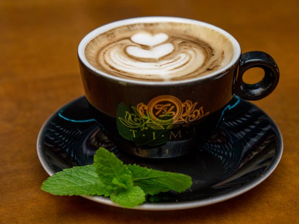 Cappuccino : cafea , lapte, (130 ml)