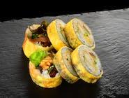 Tamago Maki z kalmarami w tempurze, spicy mayo i warzywami
