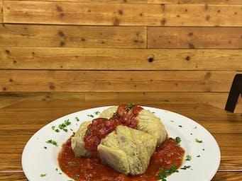 Gołąbki w sosie pomidorym