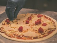 """Pizza 18 cm- """"NIE WIEM""""- margherita + 1 dodatek do wyboru"""