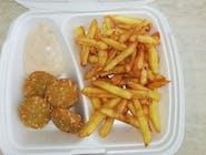 Camembert syrové kúsky s hranolkami/ryžou /batátovými hr. a dressingom