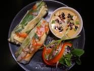 NEM HANOI (2 szt.) - do wyboru: z kurczakiem lub z krewetkami,  lub z tofu