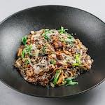 Thai biftek i piletina Stir Fry