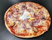 6. Pizza Tirolská
