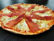 3. Pizza Syrová špeciál