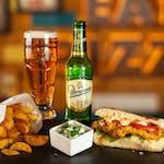 Sandwich Pollo + Cartofi + Doză suc sau bere