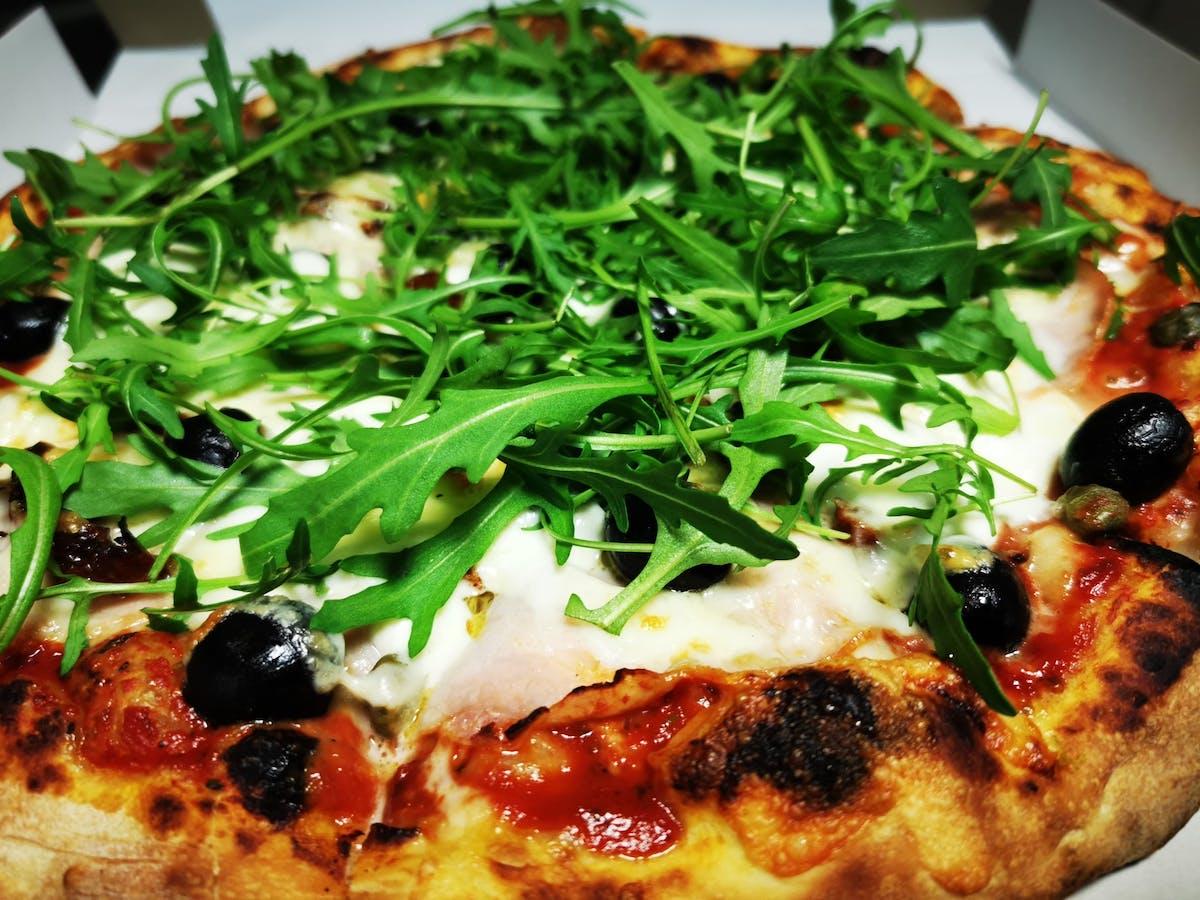 Pizza Z rukolą43