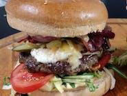 Burger menu MUSTANG, hranolky a COCA COLA