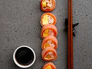 Sashimi shake roll