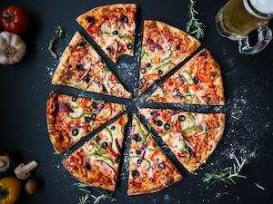 Zamów dwie pizze 40 cm a sok 1l gratis