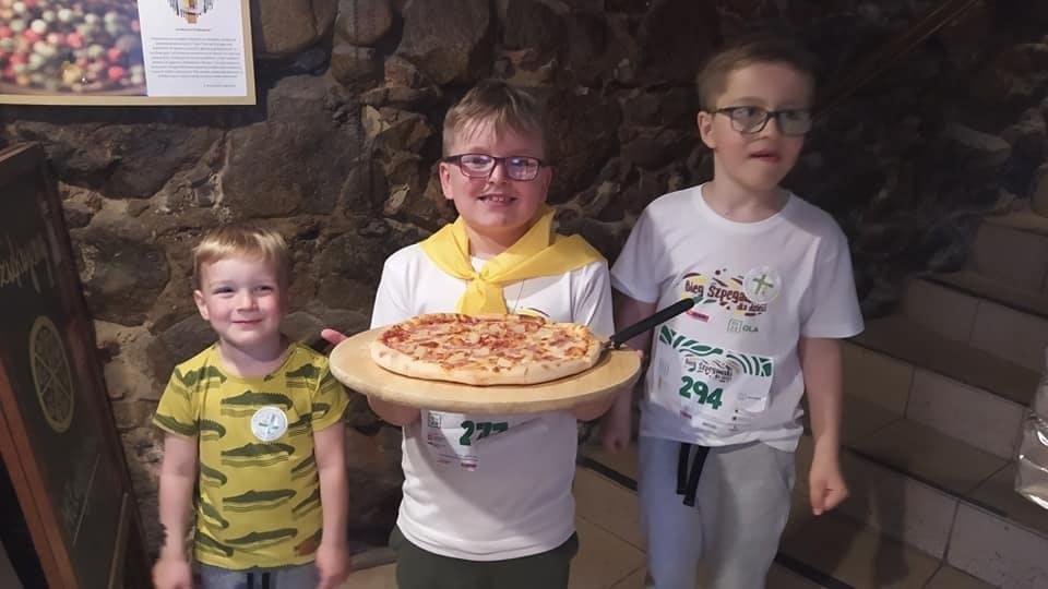 Mała pizza za 50% przy zamówieniu dwóch dużych