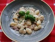 Gnocchi ziemniaczane w sosie Carbonara