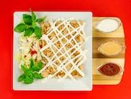 11. Naleśnik - Kurczak, ser Favita, pomidor, ogórek kiszony // sos