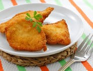Panierowana pierś z kurczaka