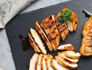 Filet z kurczaka w panko, ziemniaki pieczone, buraczki