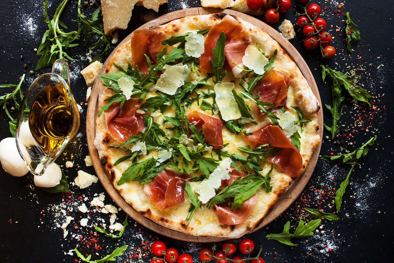 Do każdej pizzy 60cm pizza Margherita 30cm za 1zł