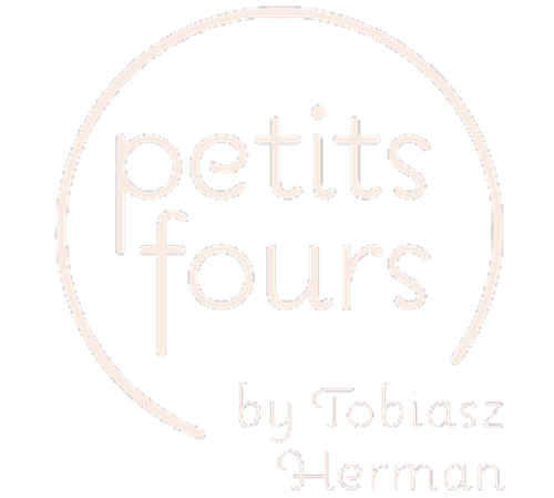 Petits Fours Café
